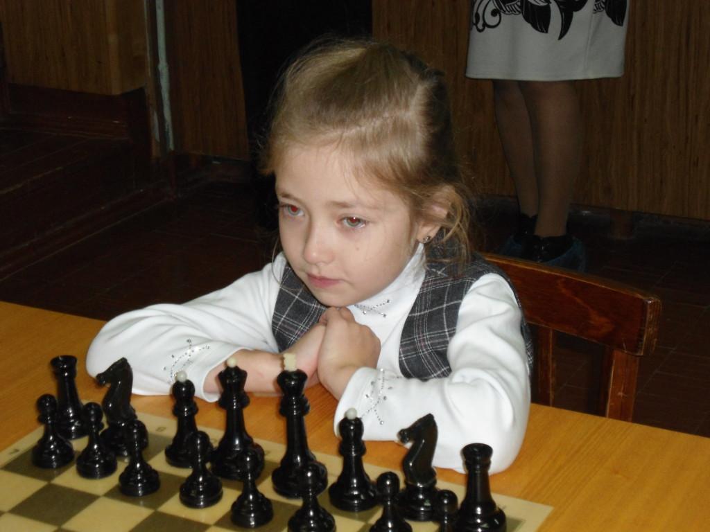 Лиза - самая юная участница